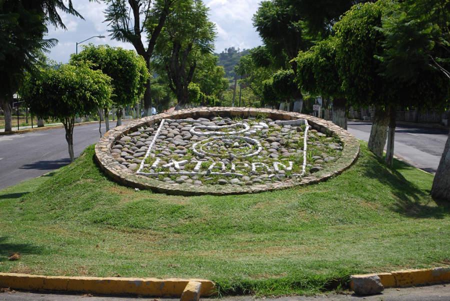 El clima de Ixtapan de la Sal permite paisajes verdes a lo largo del año