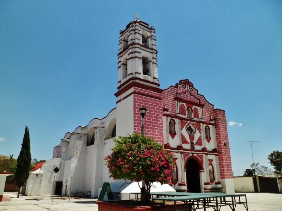 Iglesia San Pedro Apóstol en Ixtapan de la Sal