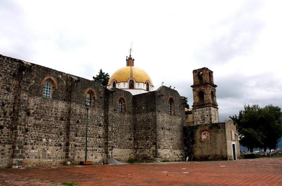 En el interior del Templo de San Esteban se conservan pinturas murales