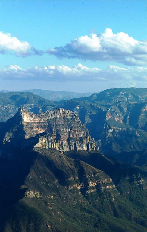La barranca donde se encuentra Cerocahui posee las mejores vistas del cañón
