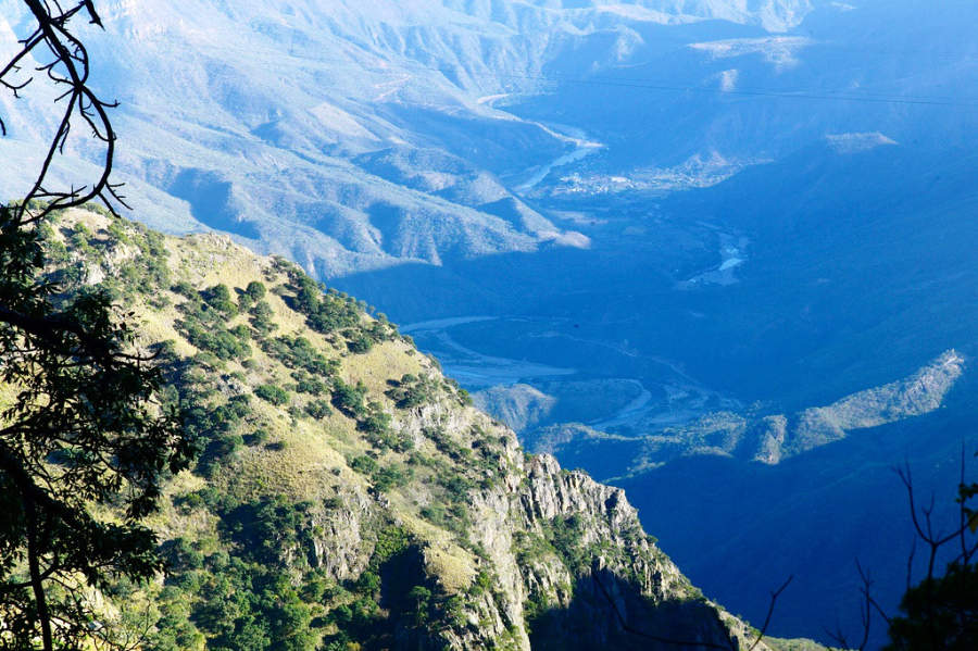 Admira la vista de las Barrancas del Cobre en Cerocahui