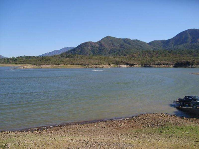 Presa Corrinchis, a 3 kilómetros de Mascota