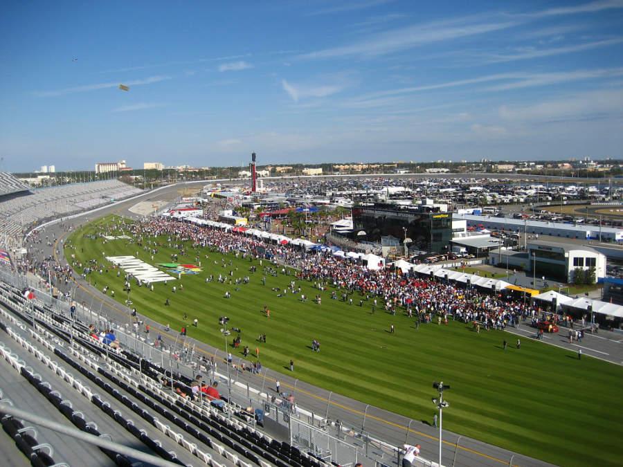 Autódromo Daytona International Speedway en la ciudad de Daytona Beach