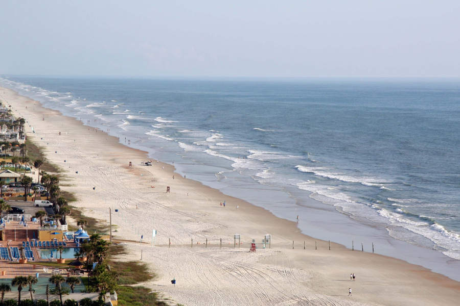 Playa en la ciudad de Daytona Beach