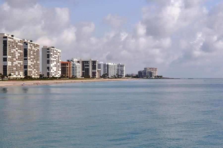 A lo largo de la costa de Boca Ratón encontrarás diversos hoteles