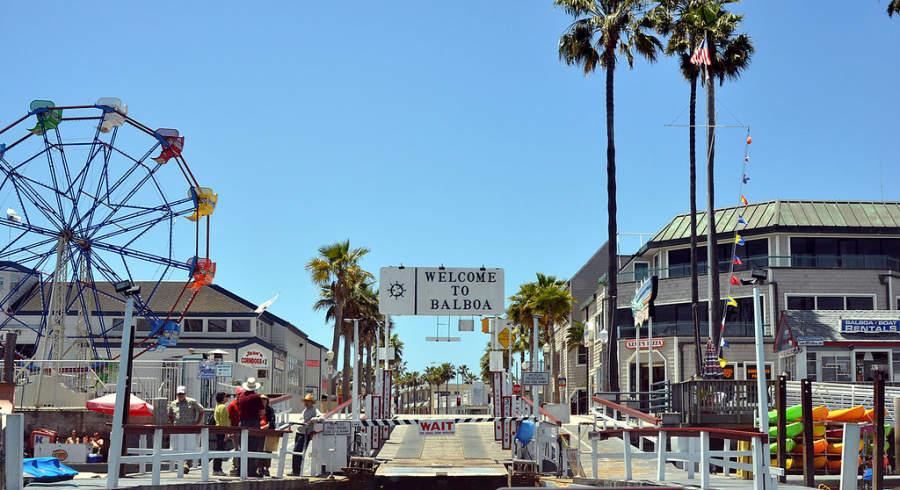 El complejo Balboa Fun Zun tiene rueda de la fortuna, tiendas y restaurantes