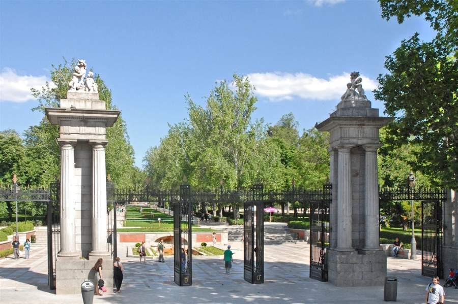 Entrada al Parque del Retiro