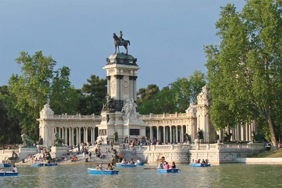 Parque del Retiro en Madrid, donde está el Palacio de Cristal