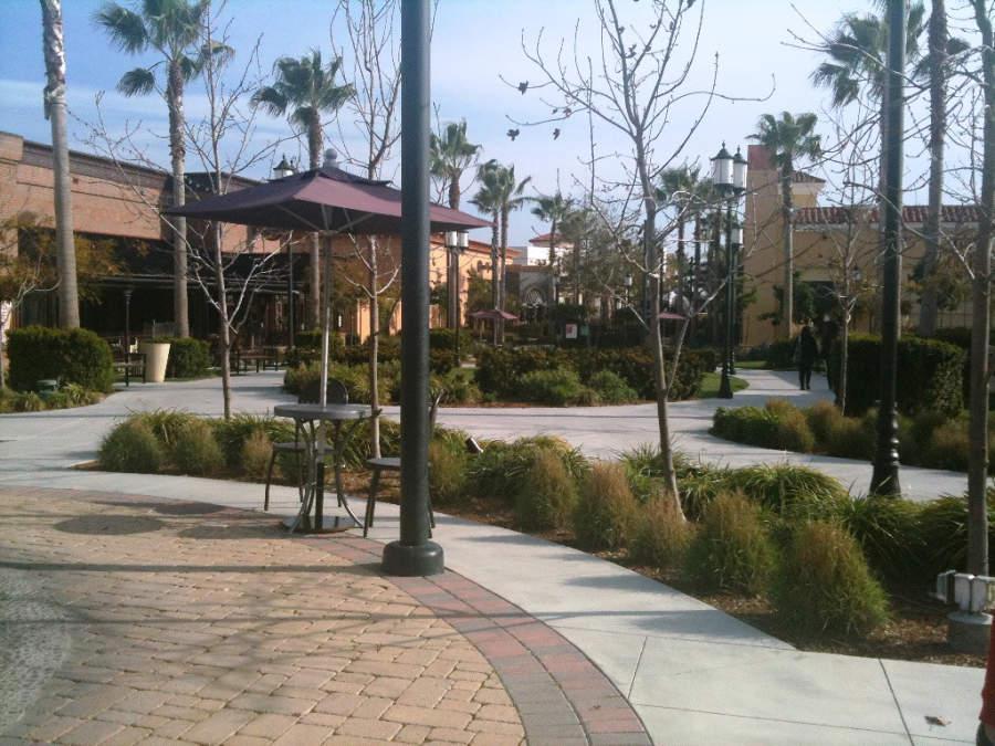 Centro comercial Otay Ranch Town Center, al aire libre
