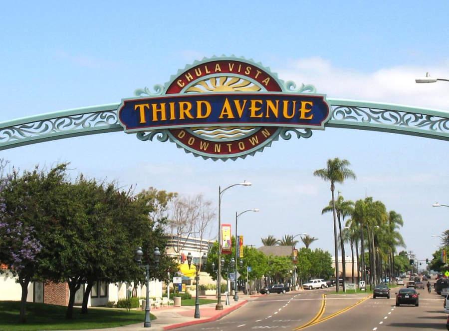 Ve de compras a Third Avenue Village