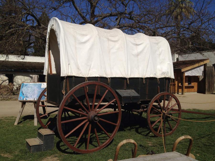 Una carreta antigua en el parque Sutter's Fort