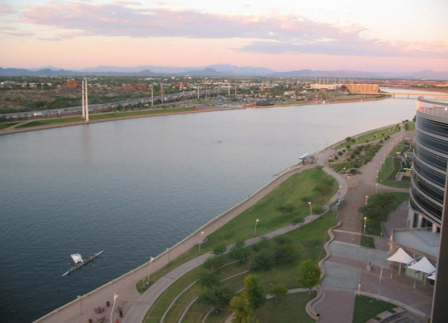 Tempe se ubica a orillas del río Salado