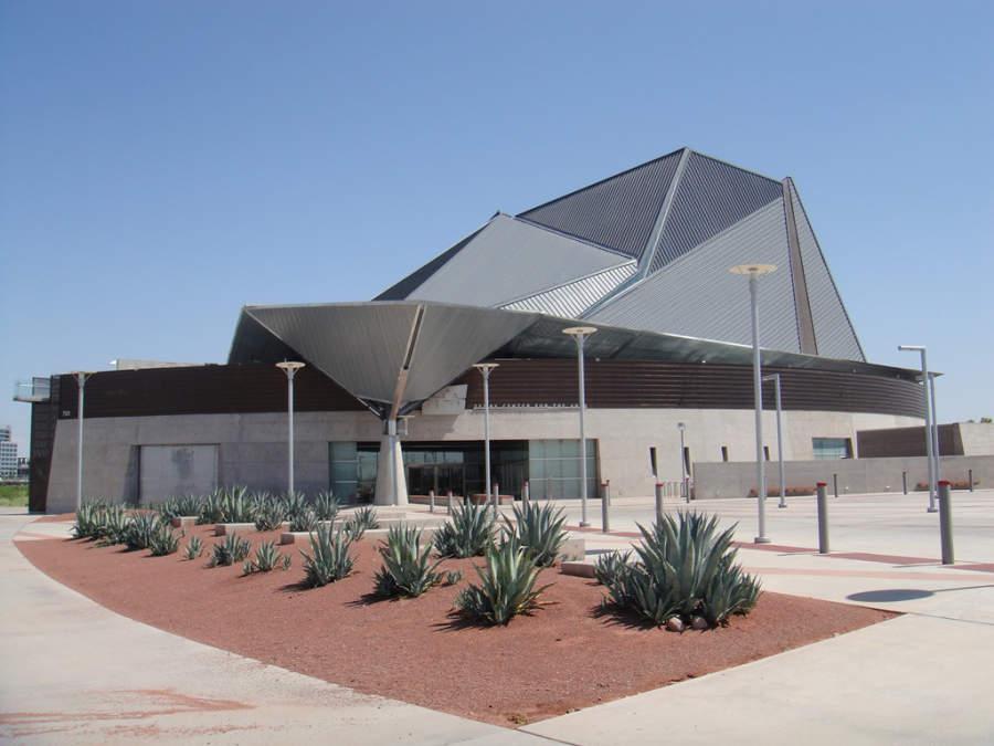 Vista exterior del Centro para las Artes Tempe