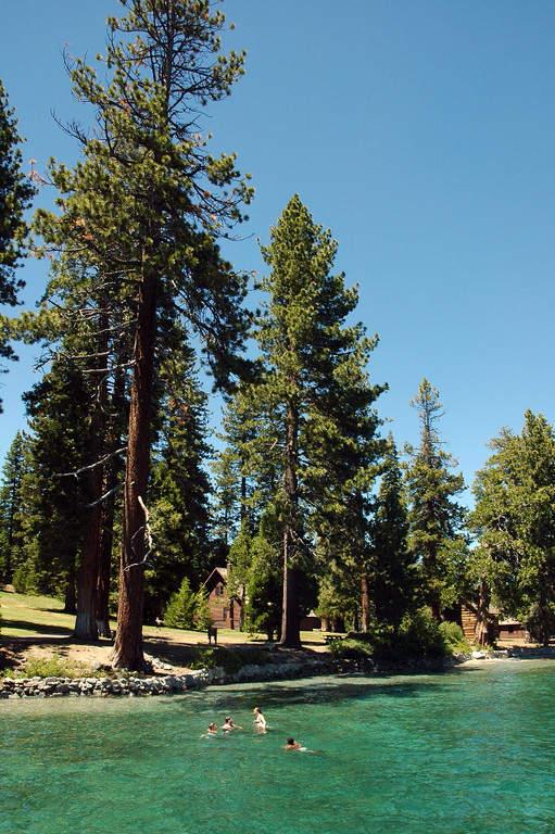 En el Parque Estatal Sugar Pine Point puedes realizar diversas actividades