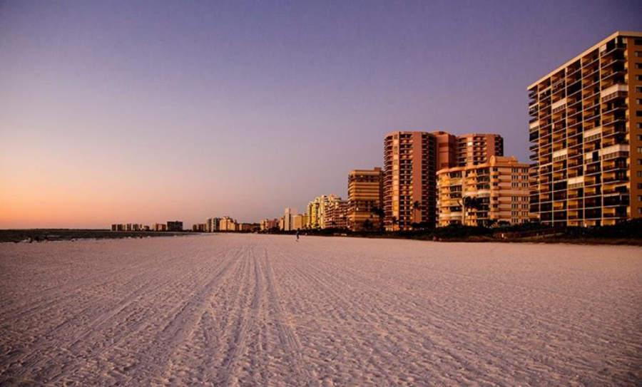 Atardecer en Marco Island, Florida, Estados Unidos