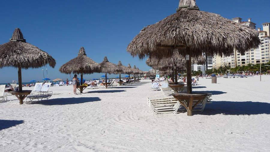 Las hoteles de playa de Marco Island cuentan con todos los servicios