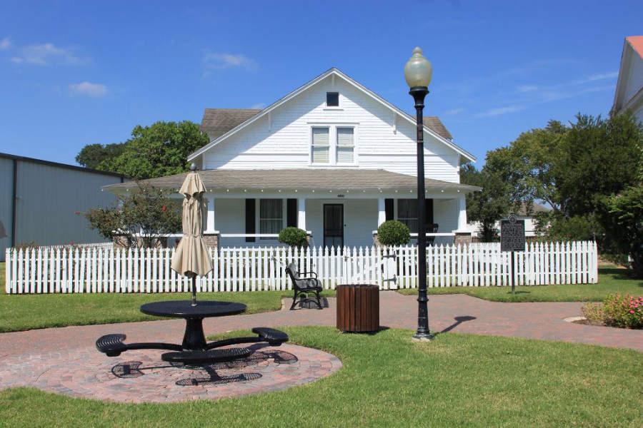 Aprende sobre la historia de la ciudad en el Katy Heritage Museum