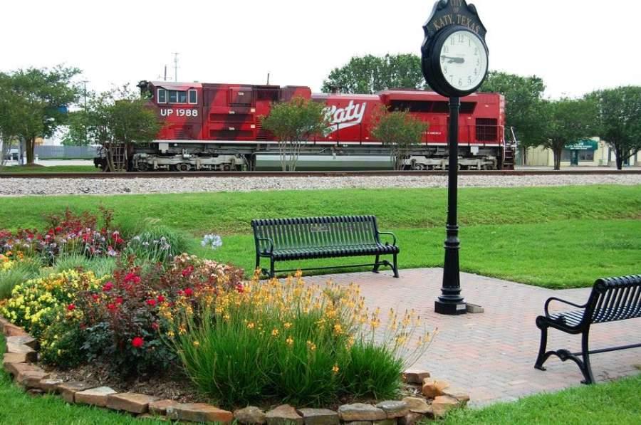 Parque y vagón de tren histórico en Katy, Texas