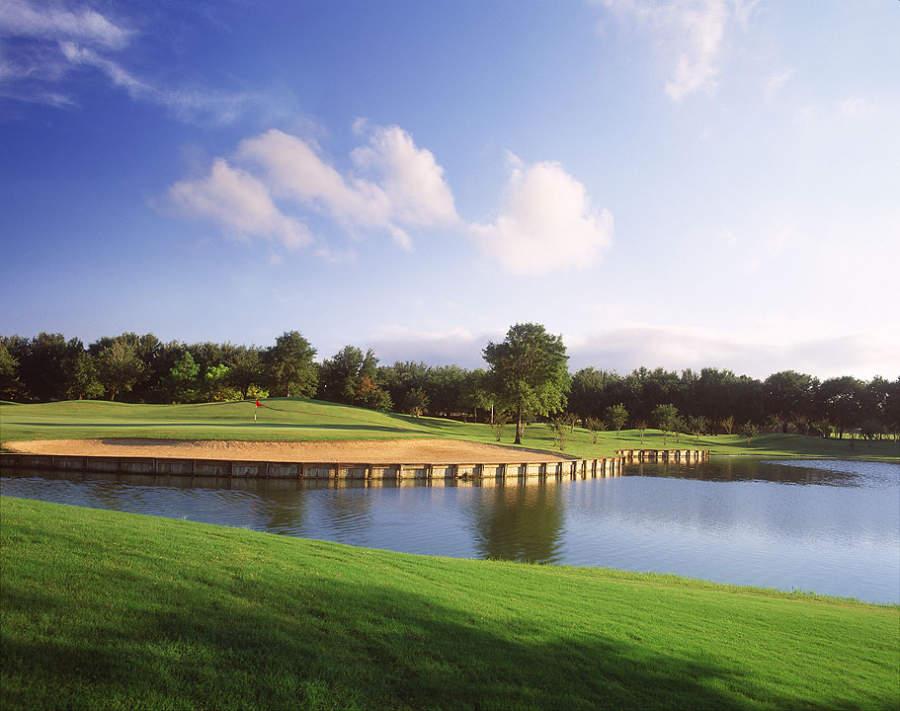 Golf Club at Cinco Rancho en Katy