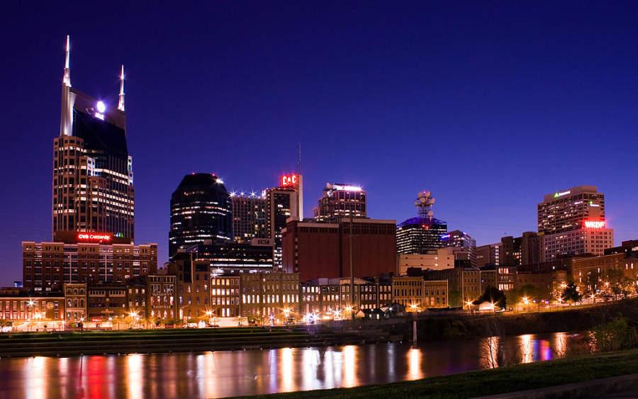 Vista nocturna de Nashville