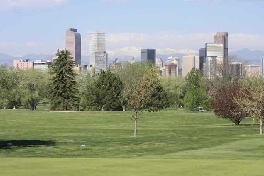 La ciudad de Denver se sitúa cerca de las Montañas Rocosas
