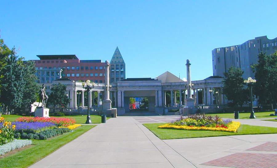 El parque urbano Denver's Cheesman cuenta con amplios jardines