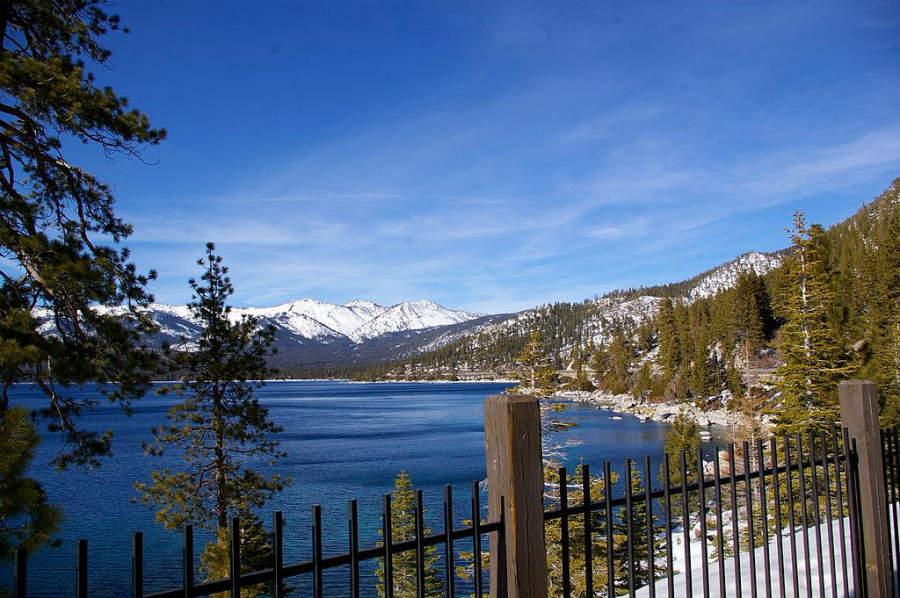 Vista del lago Tahoe junto a Carson City, Nevada