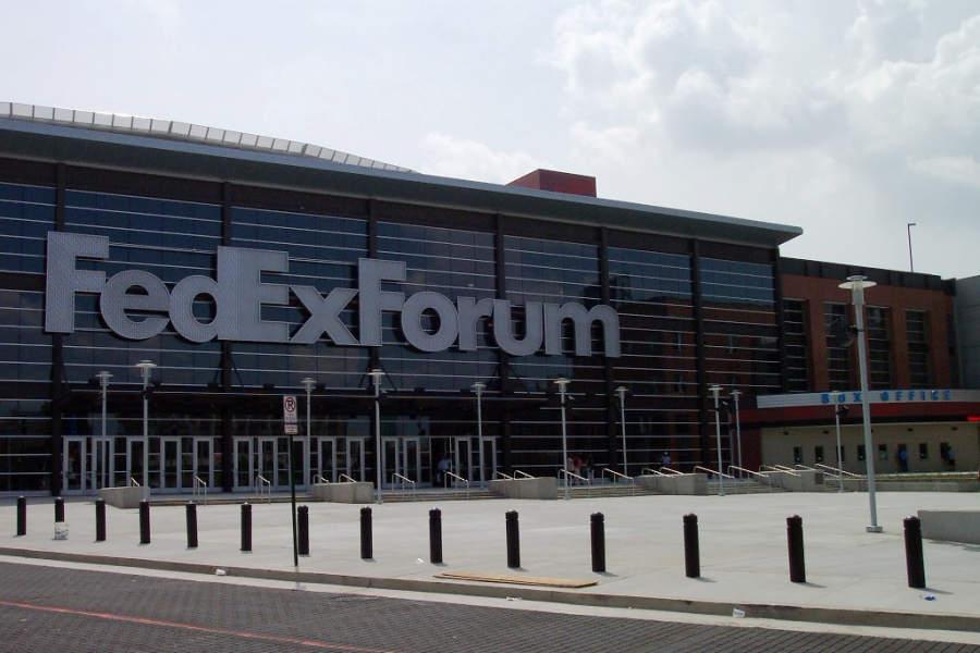 Fachada del estadio FedExForum en Memphis