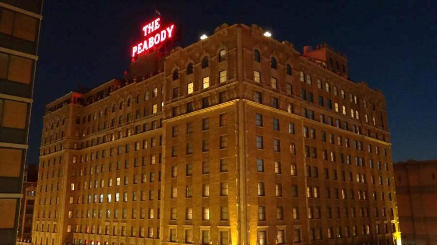 The Peabody Hotel, uno de los edificios más emblemáticos de Memphis
