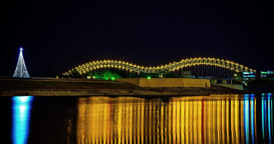 Puente Hernando de Soto en Memphis