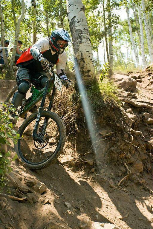Se puede practicar el ciclismo de montaña durante el verano en Snowmass Village