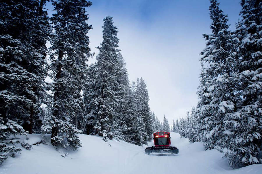 En Keystone se ofrecen tours en vehículos tipo tractor especiales para la nieve