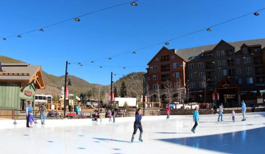En Keystone se puede patinar en los lagos congelados en el invierno
