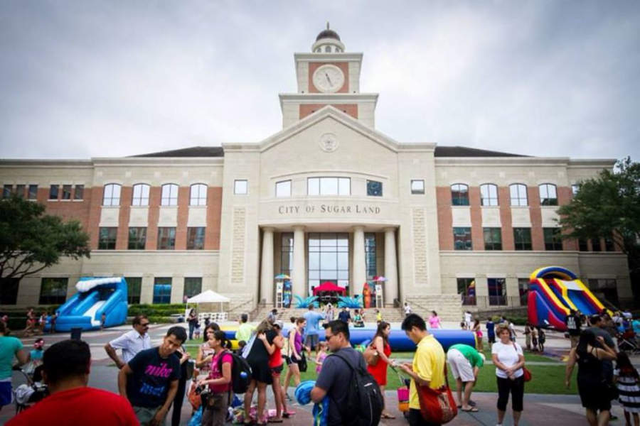 Centro comercial Sugarland Plaza Shopping Center
