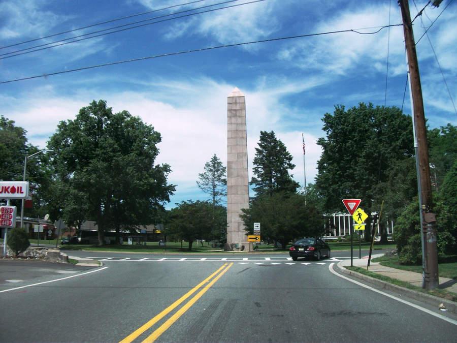Monumento en la ciudad de Englewood, en el norte de Nueva Jersey