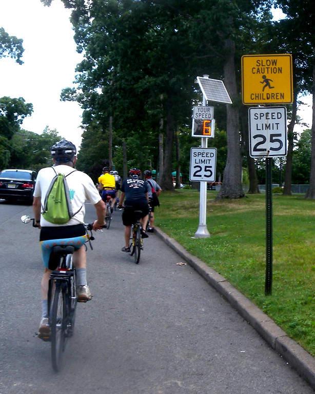 La ciudad de Englewood cuenta con varios senderos para pasear en bicicleta