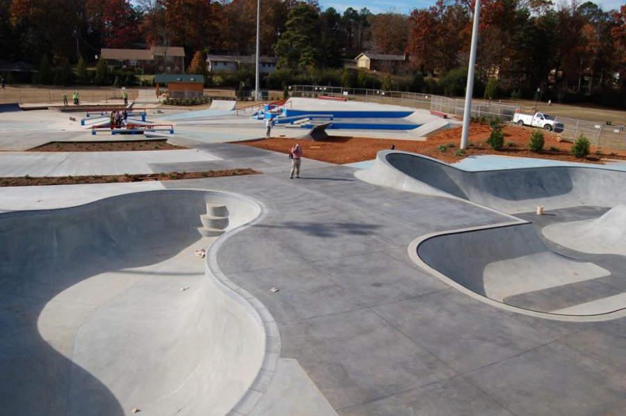 El Parque Swift-Cantrell en Kennesaw cuenta con rampas para patinar
