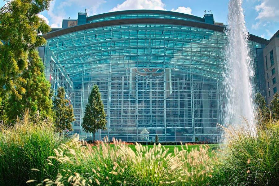 Panorámica del centro de convenciones y hotel Gaylord National Resort & Convention Center