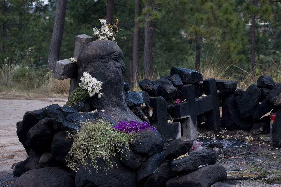 Pascual Abaj en Chichicastenango, una piedra tallada