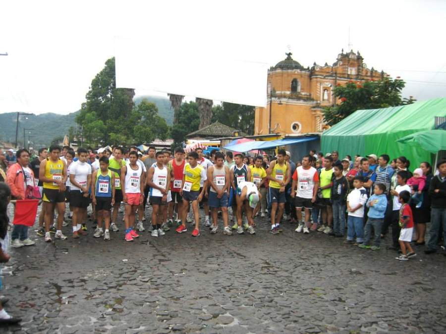 Evento deportivo en San Pedro Las Huertas, Guatemala