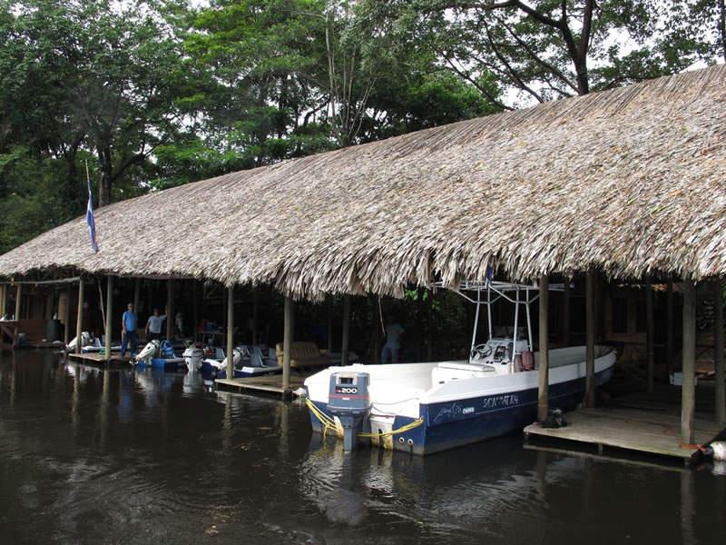 El pueblo de San Juan del Norte solo es accesible por vía fluvial