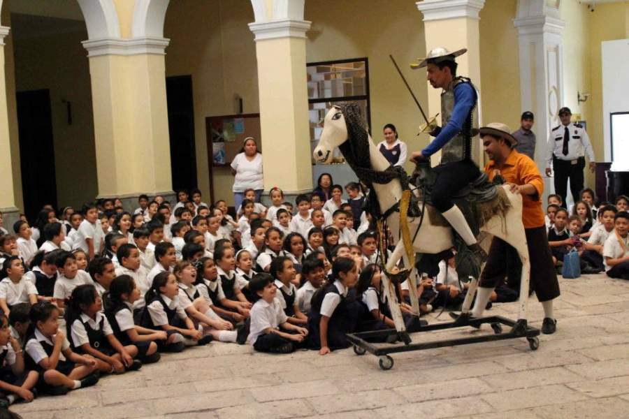 Evento para una escuela en el Museo para la Identidad Nacional en Tegucigalpa