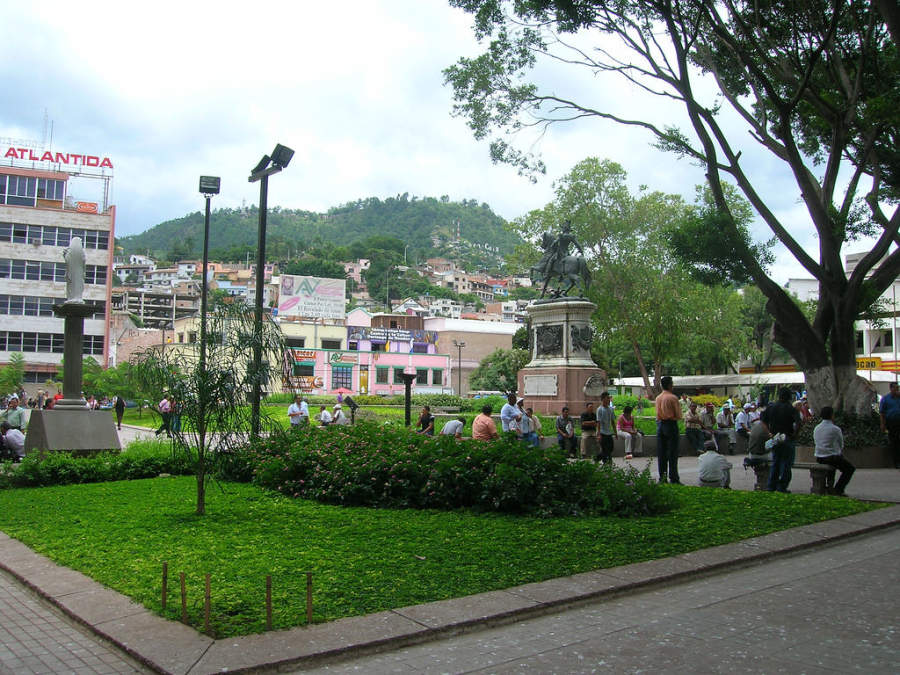 Plaza Mozarán en Tegucigalpa