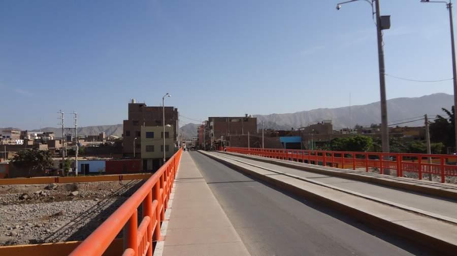 La ciudad de Nazca se distingue por su desarrollo minero, agrícola y comercial
