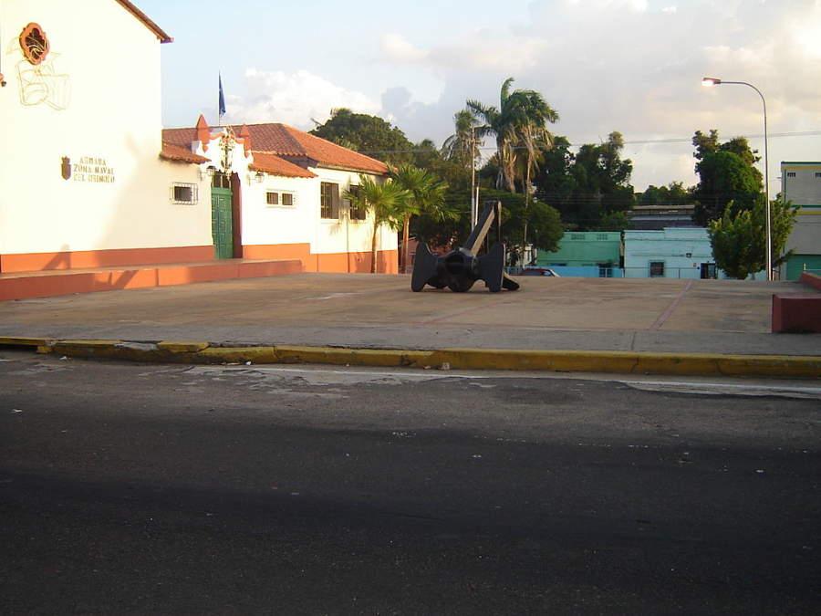 Edificio de la Armada Naval de Orinoco en Ciudad Bolívar