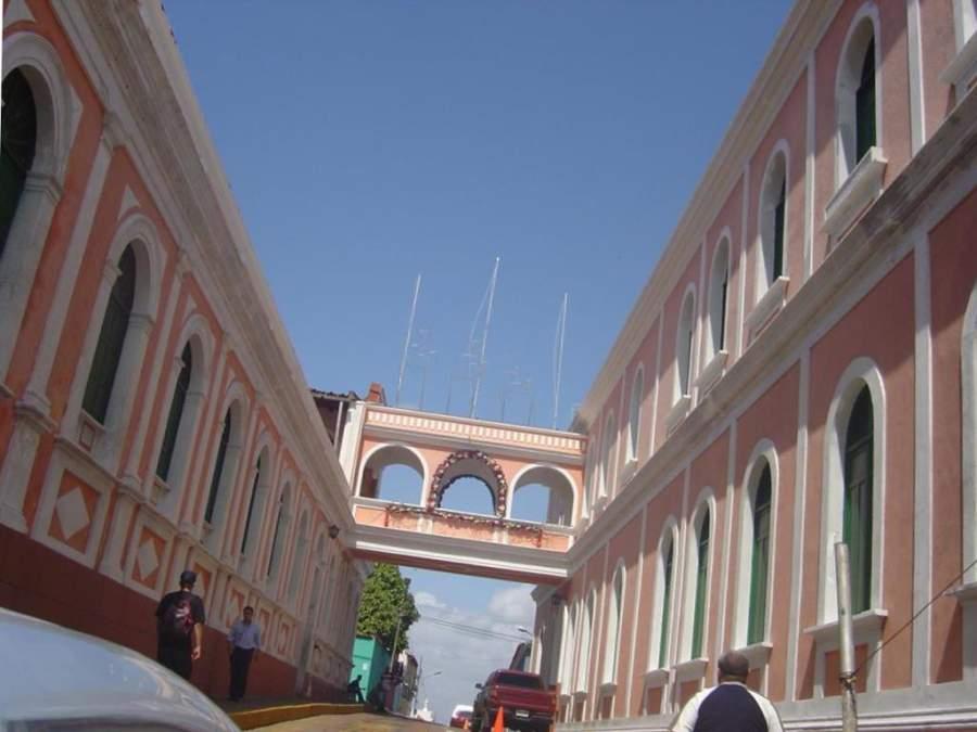 El centro histórico de Ciudad Bolívar es de estilo colonial