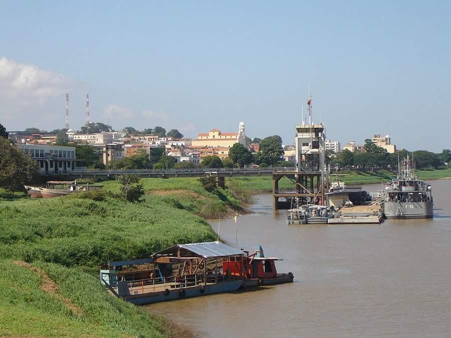 Ciudad Bolívar se ubica a orillas del río Orinoco