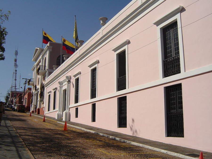 Fachada de la Casa del Congreso de Angostura en Ciudad Bolívar