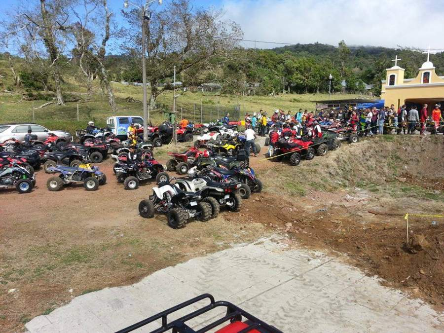 En Poasito se llevan a cabo rallys de motocicletas