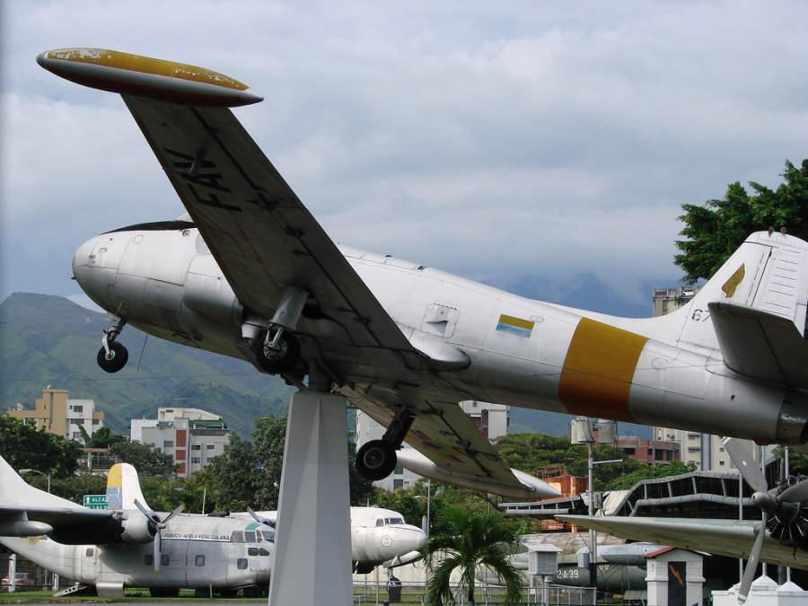 Aviones en el Museo Aeronáutico de Maracay